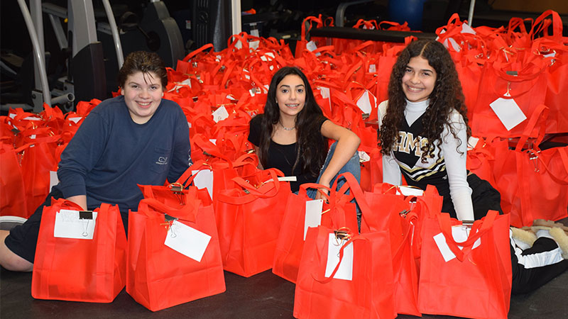 Bellmore-Merrick Does for Others at Day of Service photo
